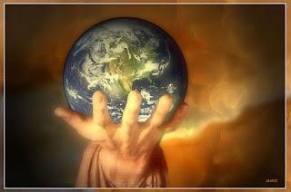 TODOS TENEMOS ALGO QUE ENSEÑAR Y MUCHO QUE APRENDER Die-Welt-in-DEINER-Hand-a20028273