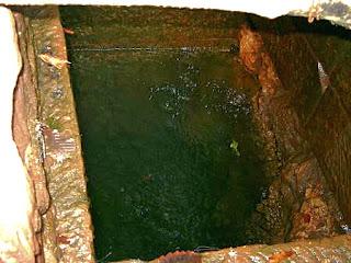 天然炭酸水の井戸 / 大沼郡金山町