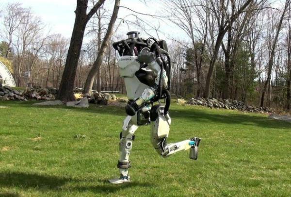 بوسطن ديناميكس تكشف عن فيديو جديد لروبوت أطلس ومميزاته المذهلة!