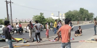 e-rikshaw-tata-407-colision-one-dead