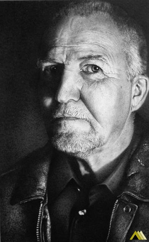 11-John-McCormick-Armin-Mersmann-Graphite-Pencil-Drawing-Portraits-www-designstack-co