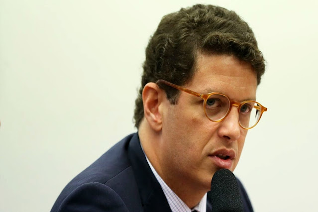 Ministro do Meio Ambiente é exonerado por Bolsonaro