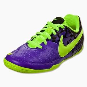 รองเท้าฟุตซอล Nike