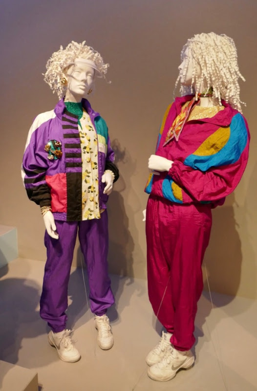 Broad City season 4 costumes