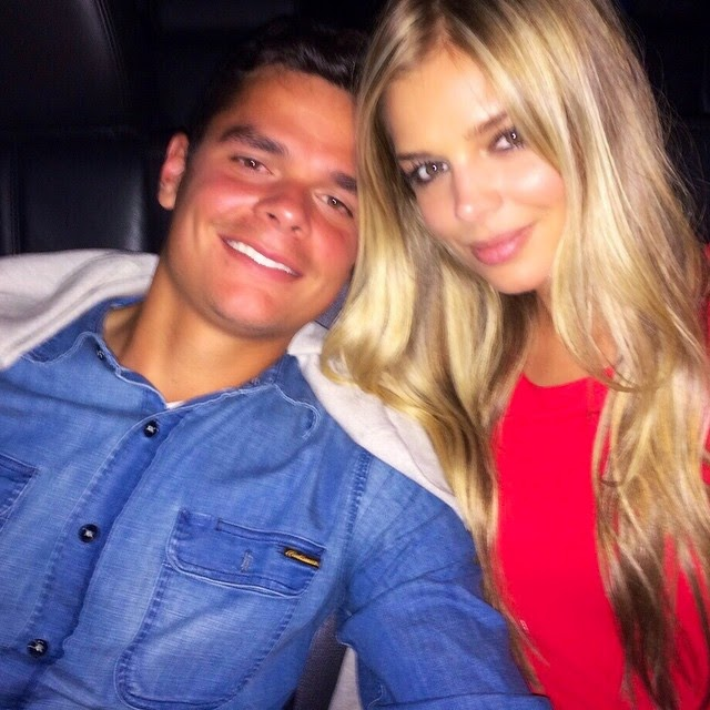 Hockey players dating figure skaters 3