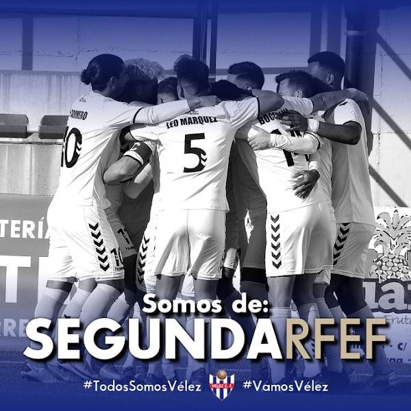 El Vélez CF vence al Torredonjimeno y asciende a la Segunda RFEF (2-1)