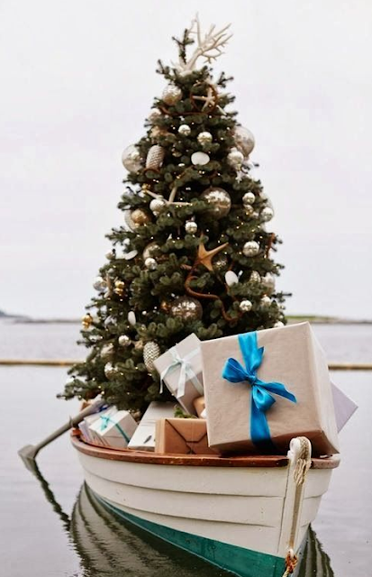 Canoe Merry Christmas Images