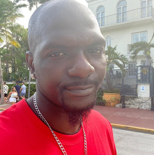 Tony James Nelson II in South Beach, Florida