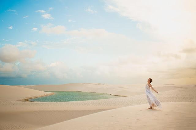 Do khí hậu khắc nghiệt của sa mạc, thời gian tốt nhất để du khách có thể đến đây, tận hưởng nền nhiệt dễ chịu nhất vào giữa tháng 6 và tháng 9. Khi đó, các hồ luôn chứa đầy nước sạch và mặt trời ít dữ dội hơn. Đến tháng 10, gió thổi mạnh và rất ít hồ để bạn có thể tham quan.