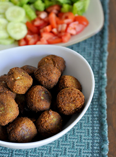 Homemade-Freezer-Friendly-Falafel-tasteasyougo.com