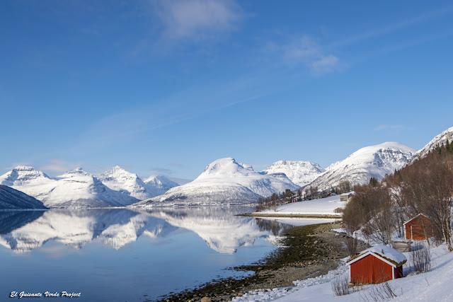 Casas de pescadores en el Balsfjord - Tromso por El Guisante Verde Project