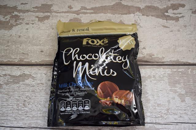 Fox's Biscuits minis chocolatey minis