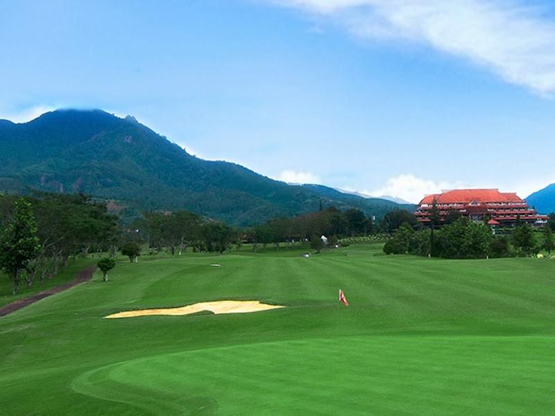 Alamat, Kontak, dan Fasilitas Lapangan Golf di Seputaran Bandung