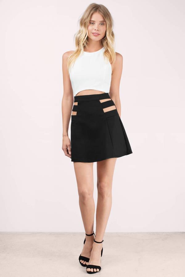 A-Line Skirt  di jalan cewek manis