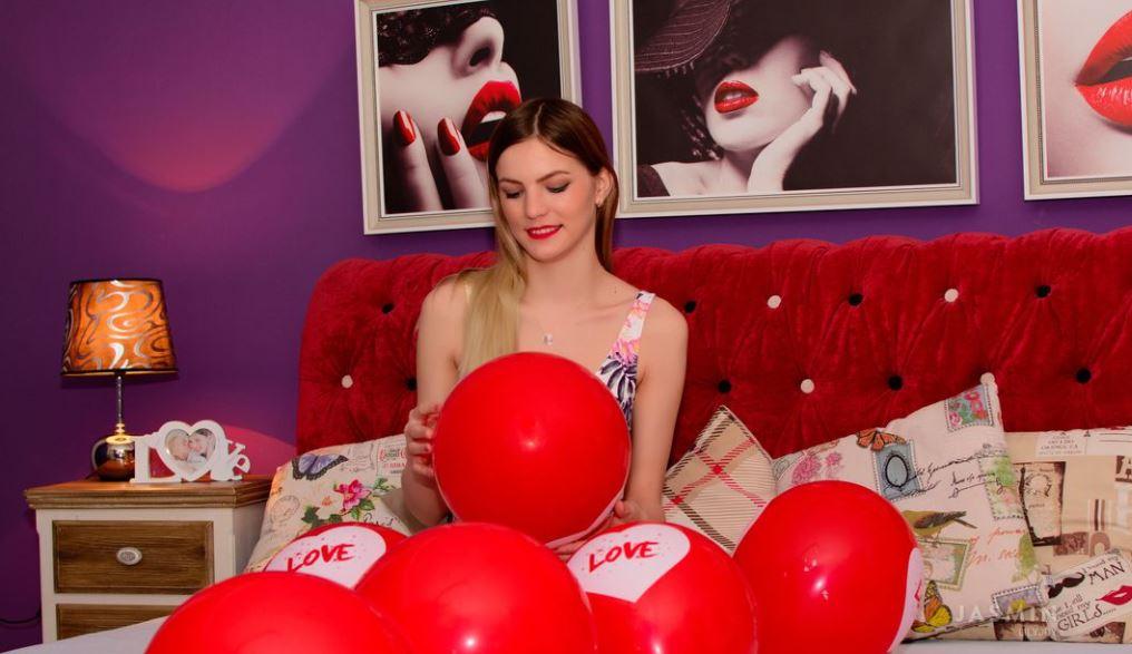 LilyJoy Model GlamourCams