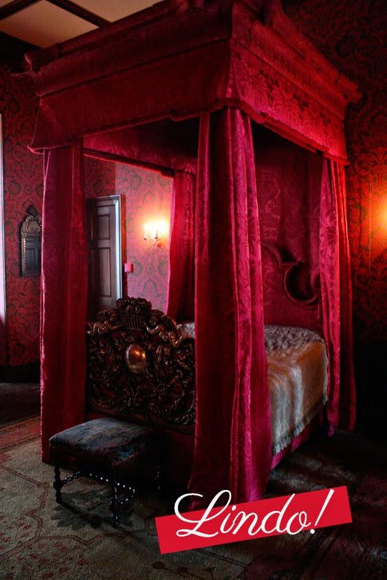 Decoração Gótica: Quarto Vinho À Moda Vitoriana Cama Inspirações