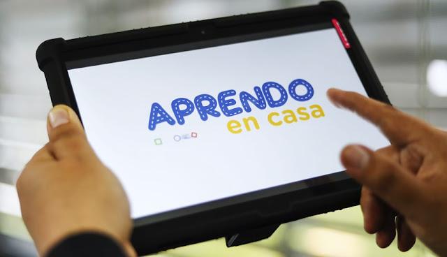 Ministerio de Educación presentó las tablets que distribuirá a los escolares a partir del mes de octubre.