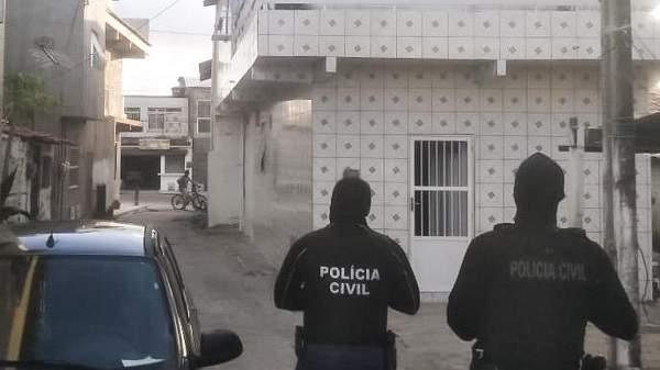 Polícia captura 44 foragidos suspeitos de homicídios e feminicídios no Ceará