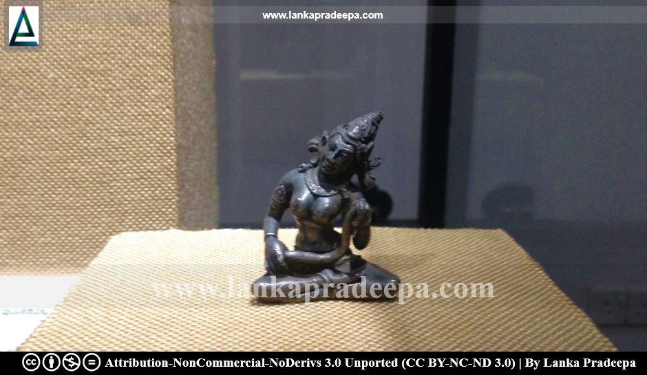 Mala Tara statue