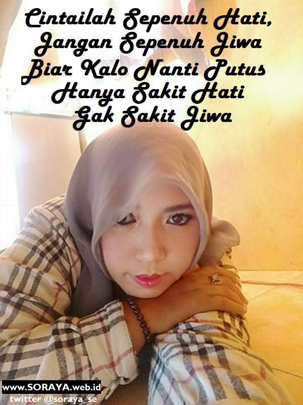 foto selfie Soraya cewek cantik berjilbab