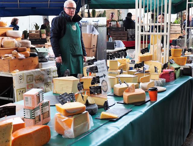 Limerick, Milk Market, juustokauppias