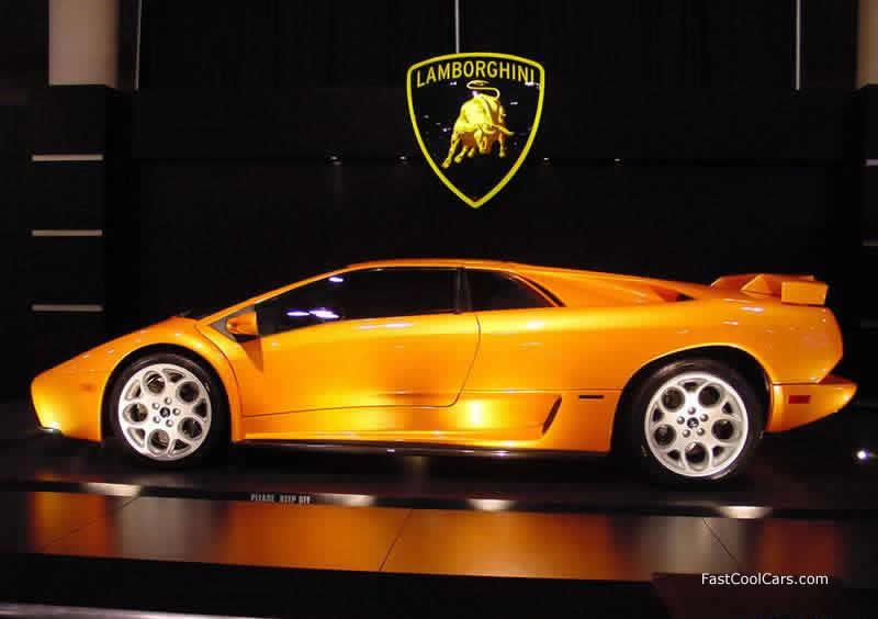 Luxury Lamborghini Car...