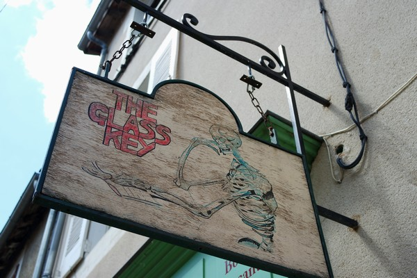 montmorillon vienne cité livre écrit glass keyes
