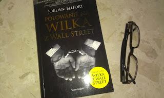 Biblioteczka finansisty. Jak mieć wszystko i to stracić? Recenzja książki Polowanie na Wilka z Wall Street