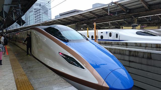 bullet-train-3846965_960_720.jpg