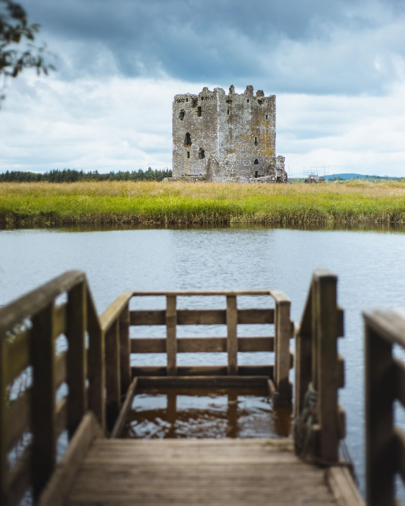 Threave Castle and Nature Reserve, Castle Douglas  visit dumfries and galloway