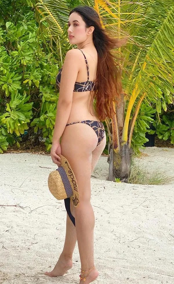 Aditi Budhathoki keeps temperature high with her bikini pictures