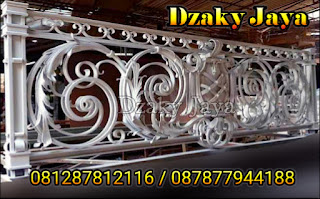 railing-balkon-besi-tempa-balkon-klasik-02