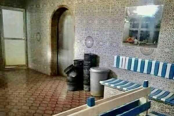 سياسة:قرار الإغلاق يُغضب أرباب الحمامات ومطالب بتعويضهم عن الخسائر
