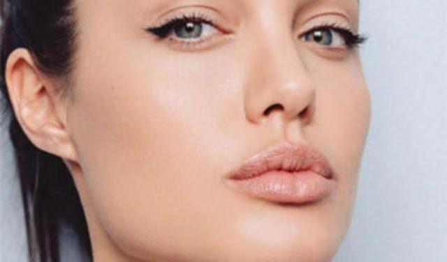 Maquiagem-para-o-dia-a-dia-em-5-passos-simples-batom