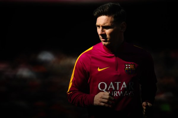 Huawei tira la casa por la venta para fichar a Messi
