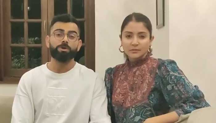 विराट कोहली और अनुष्का शर्मा ने दी लोगो को घर में रहने की सलाह, कहा हमे साथ मिलकर लड़ना होगा