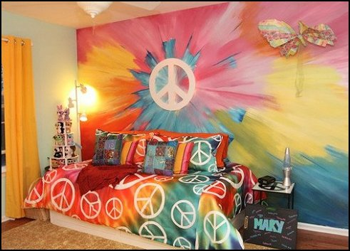 Decorating theme bedrooms maries manor hippie for 70 s room design
