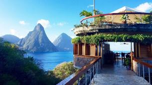 Best-honeymoon-resorts-jade-mountain-resorts