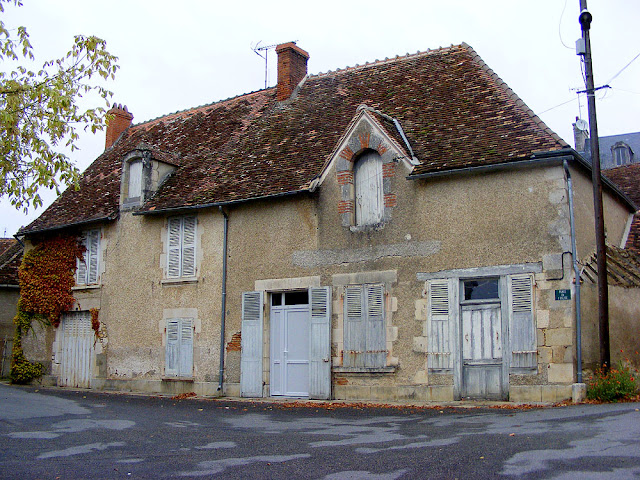 House, Ingrandes, Indre, France. Photo by Loire Valley Time Travel.