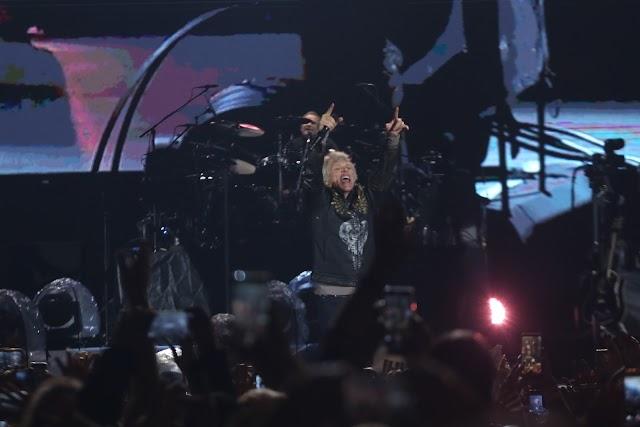 Prestes a tocar no Rock In Rio 2019, Bon Jovi faz show memorável em São Paulo