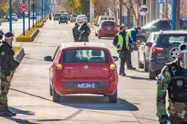 Municipio y provincia controlan el tránsito en distintos puntos de la ciudad