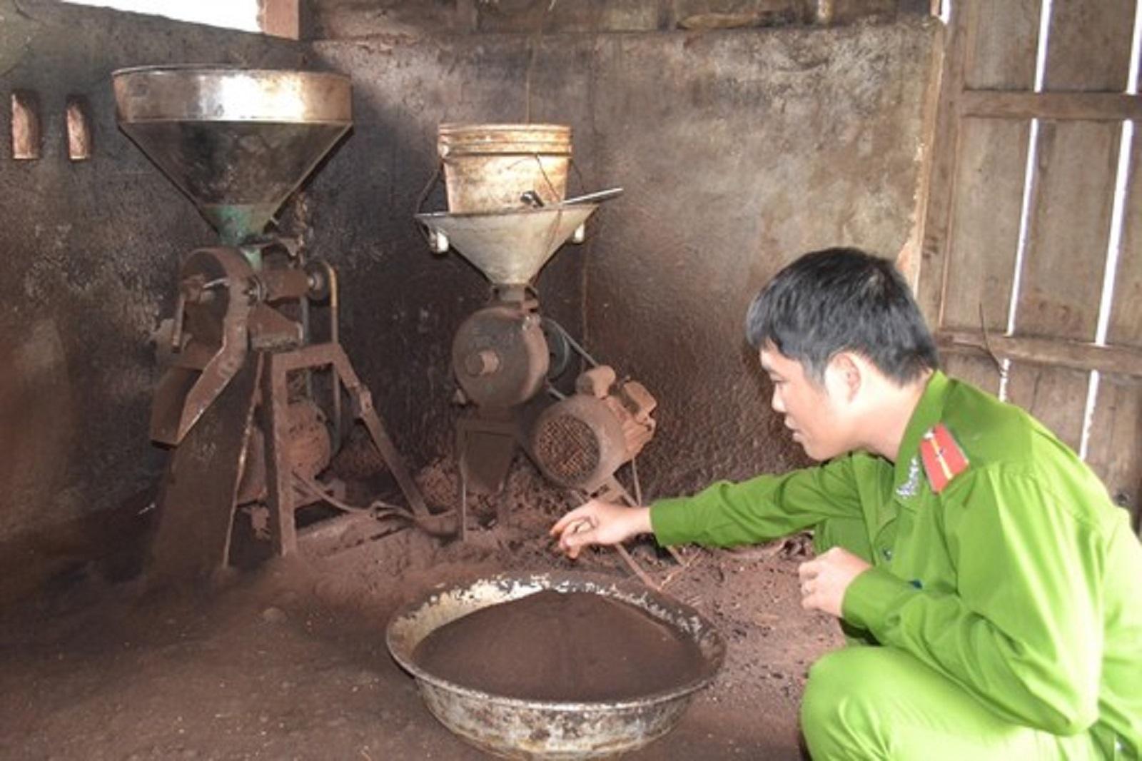 Gia Lai: Cà phê Hoàng Gia chế biến bằng bột bắp, đậu nành và hóa chất