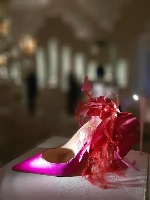 Exposition Christian Louboutin l'exhibitionniste palais de la porte dorée soulier mode créateur