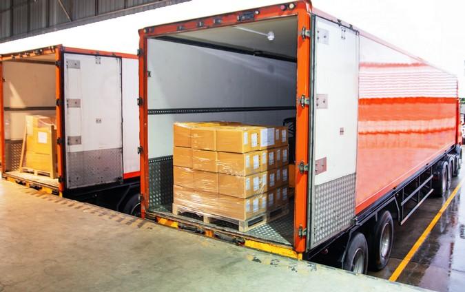 Justiça decide que caminhoneiro não tem direito a hora extra durante carga e descarga