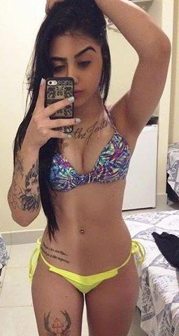 famosas Gajda bikini sem nas nuas