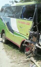 Bus Kota Pinang Indah yang tabrakan.