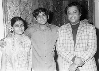 Kishore Kumar with Ruma Guha Thakurata and his son Amit