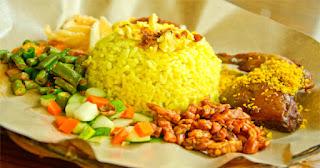 Cara Memasak Nasi Kuning