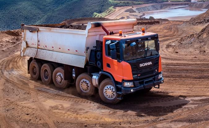 Scania G 540 10x4/6 XT: Conheça em detalhes o novo gigante da mineração brasileira
