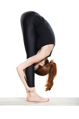 5 động tác Yoga giúp bạn đánh tan cơn đau đầu